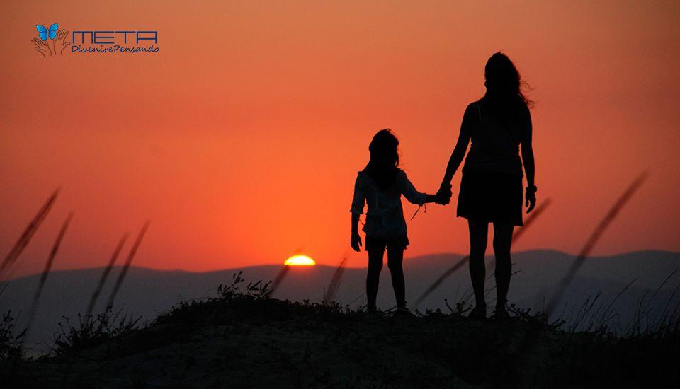 sostegno alla genitorialità ragazze madri